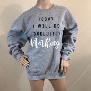 Tops - Gildan grey sweatshirt